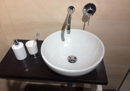 Vasca Da Bagno Freestanding By Rapsel Prezzo : Vasche da bagno in alto adige vasca idromassaggio e whirlpool
