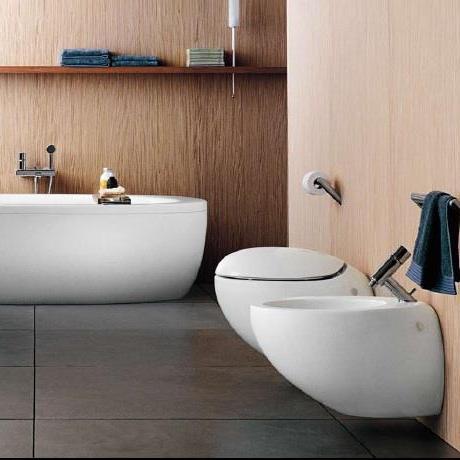 fliesen sanit re badeinrichtung s dtirol alessi one freihstehende wanne von laufen. Black Bedroom Furniture Sets. Home Design Ideas