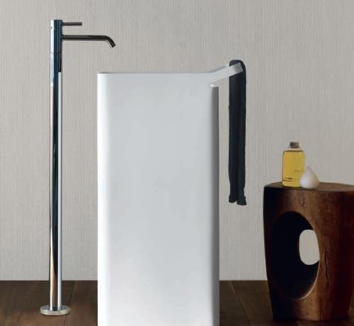 fliesen sanit re badeinrichtung s dtirol lab 03 freistehender waschtisch von kos. Black Bedroom Furniture Sets. Home Design Ideas