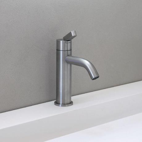 arch-taps-showers-agape-square-arub1084