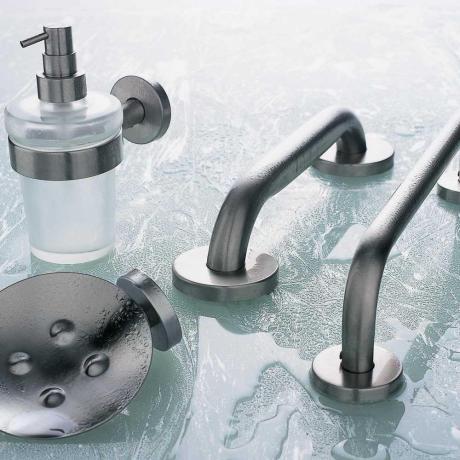 Sanitari arredo bagno alto adige inox accessori bagno for Accessori bagno inda