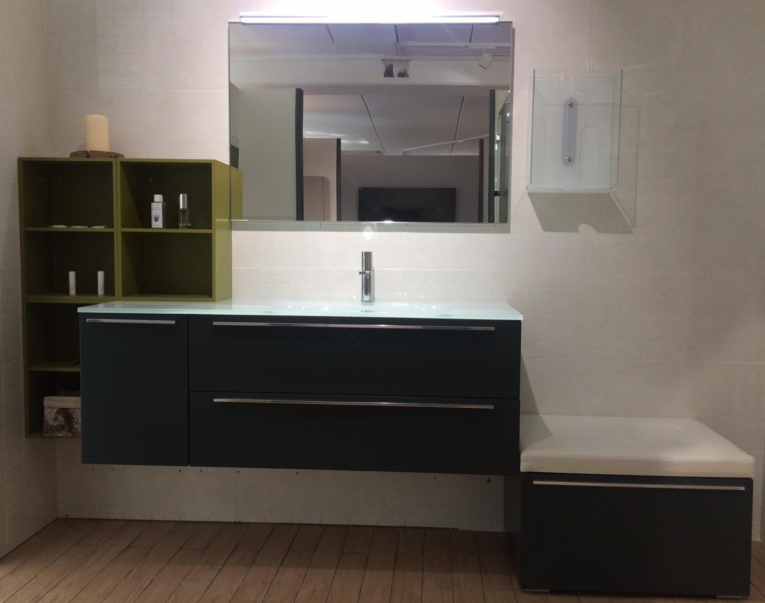 Vasche Da Bagno Prezzi Outlet : Magie d interni outlet vasca da bagno modulnova